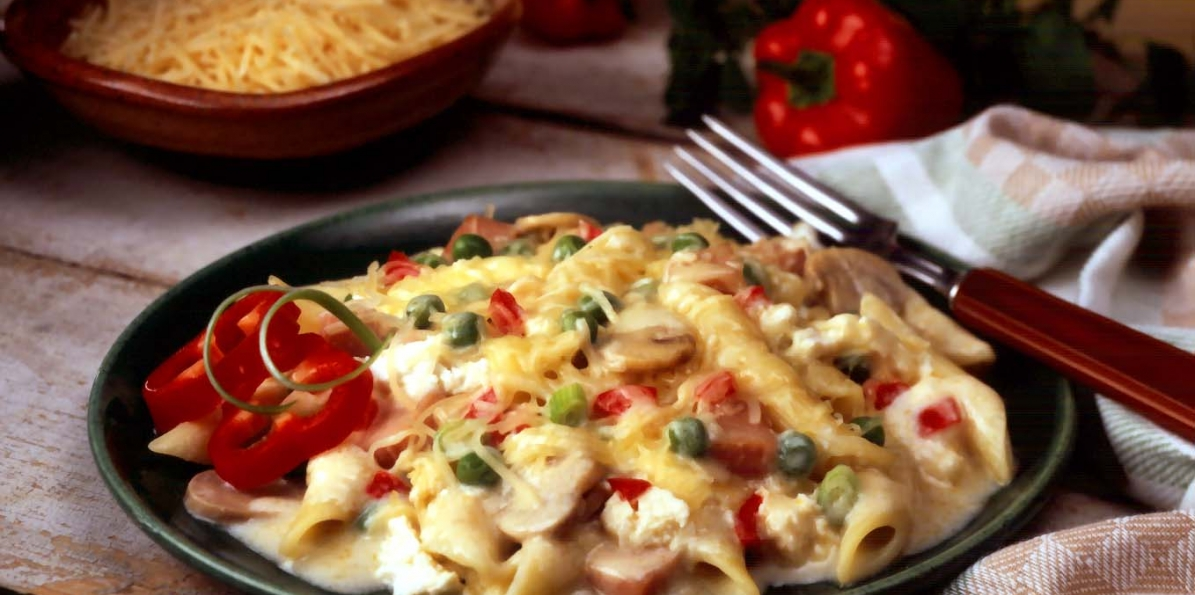 Layered Penne with Ham, Mushrooms and Peas