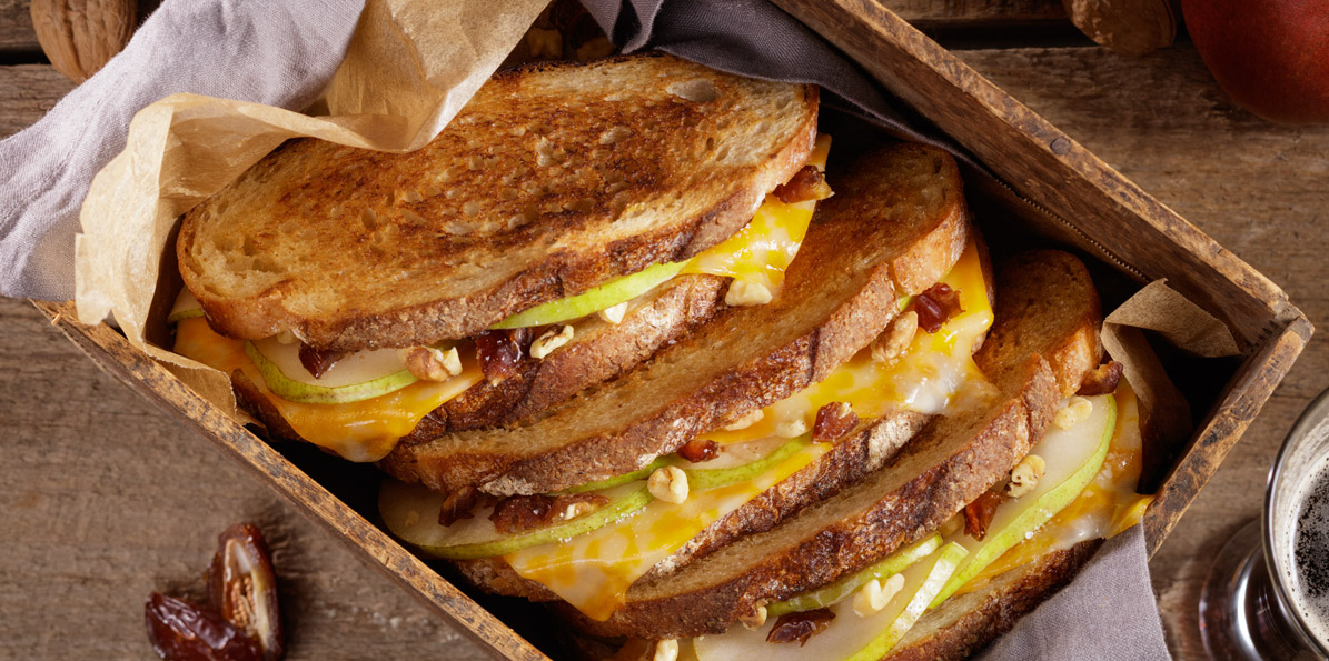 2 Cheese Cheddar Grilled Cheese Sandwiches