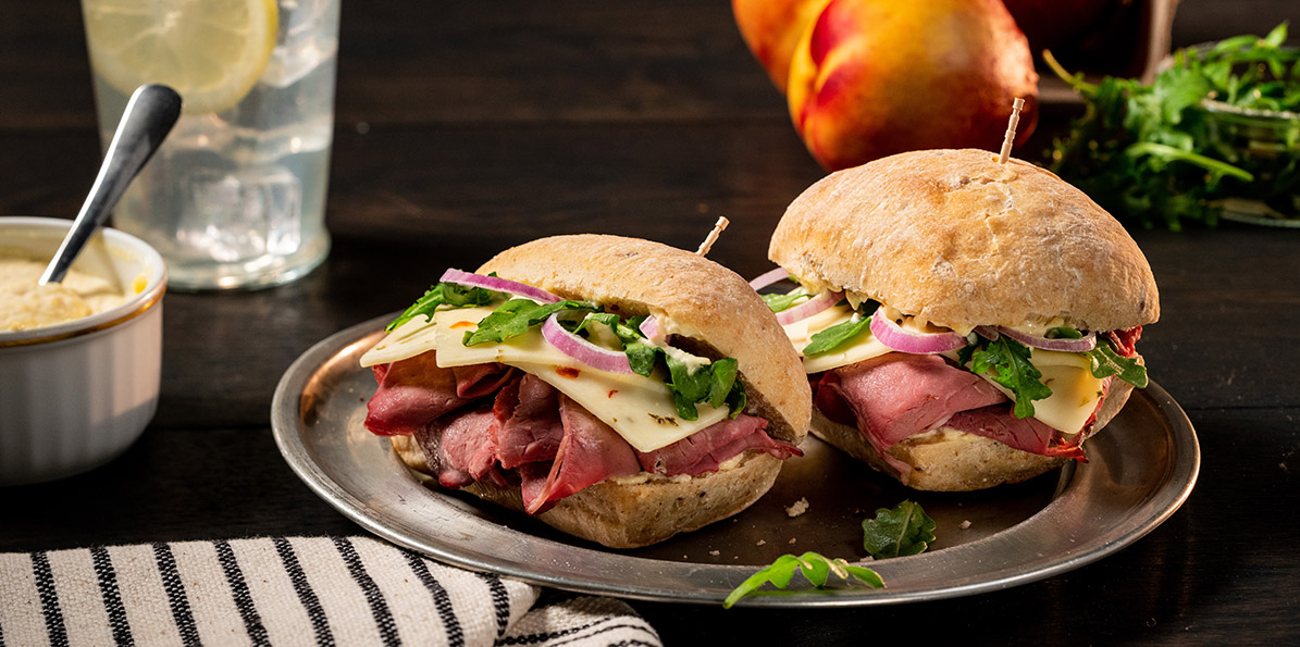 Roast Beef And Pepper Jack Sliders Sargento