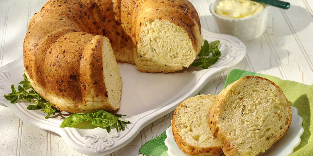 Parmesan Cheese Bread Ring