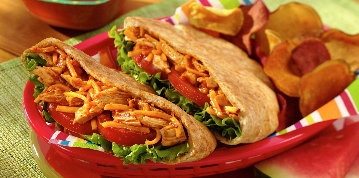 Spicy Barbecued Chicken Pitas