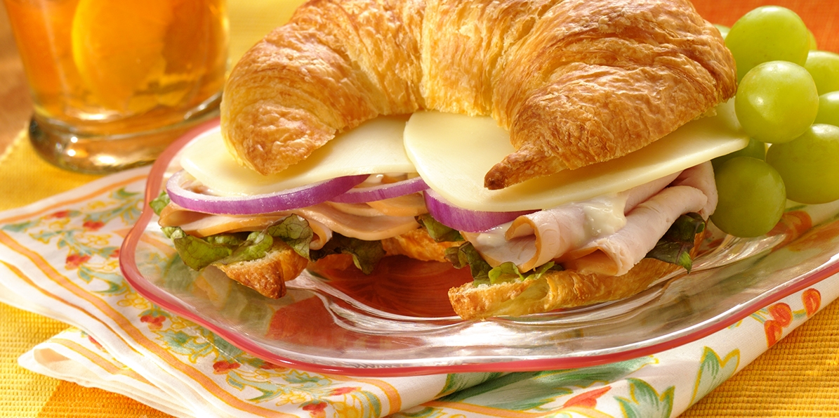 turkey croissant sandwich recipe sargento provolone