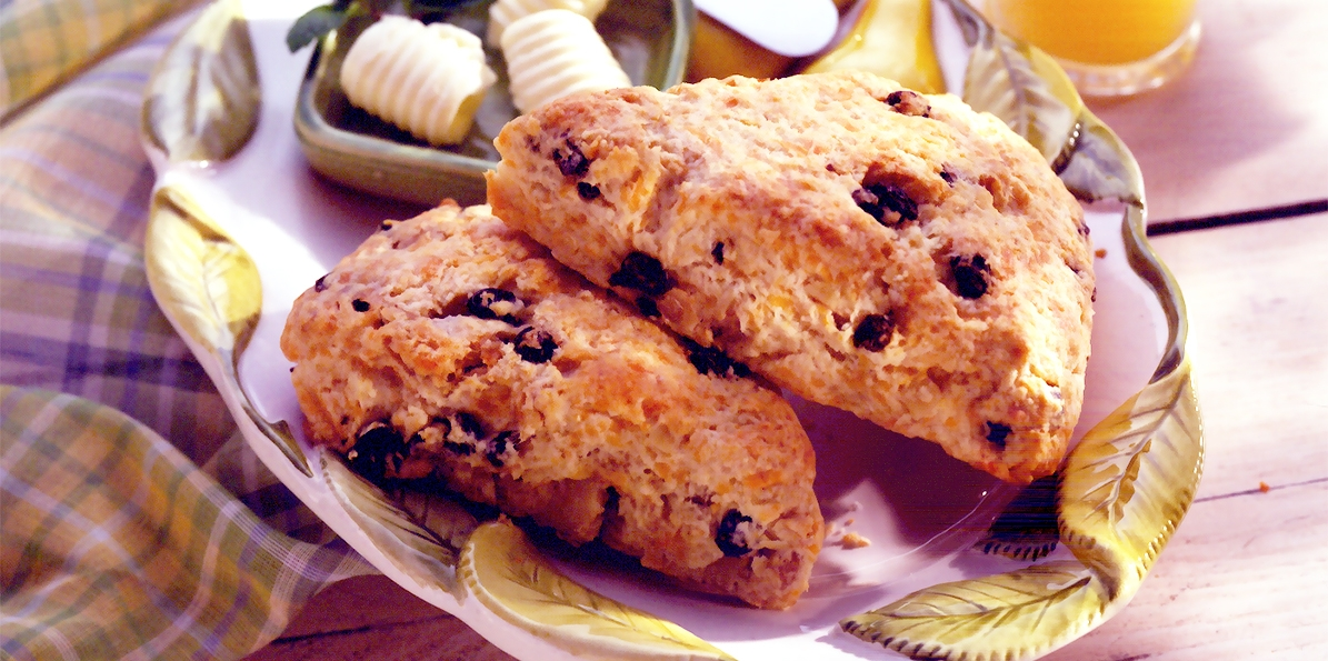 Cheddar Walnut Scones