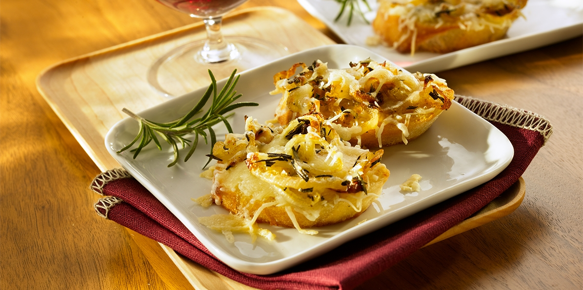 French Onion Cheese Toasts