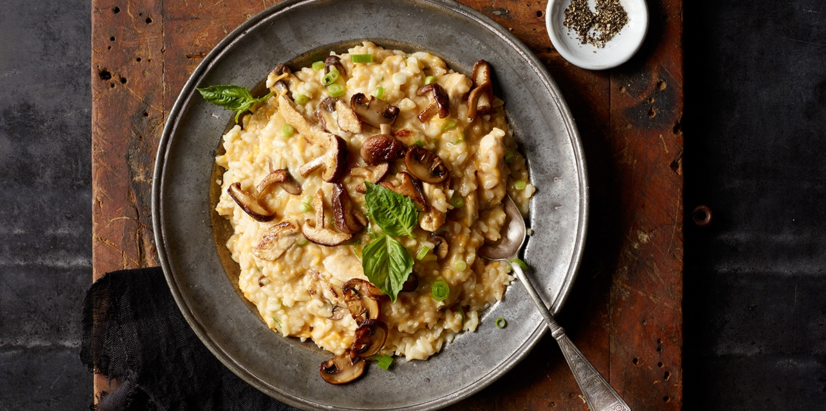 Cheesy chicken risotto recipe sargento cheesy chicken risotto forumfinder Images