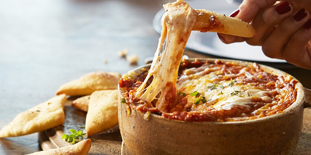 Fan Favorite Pizza Dip