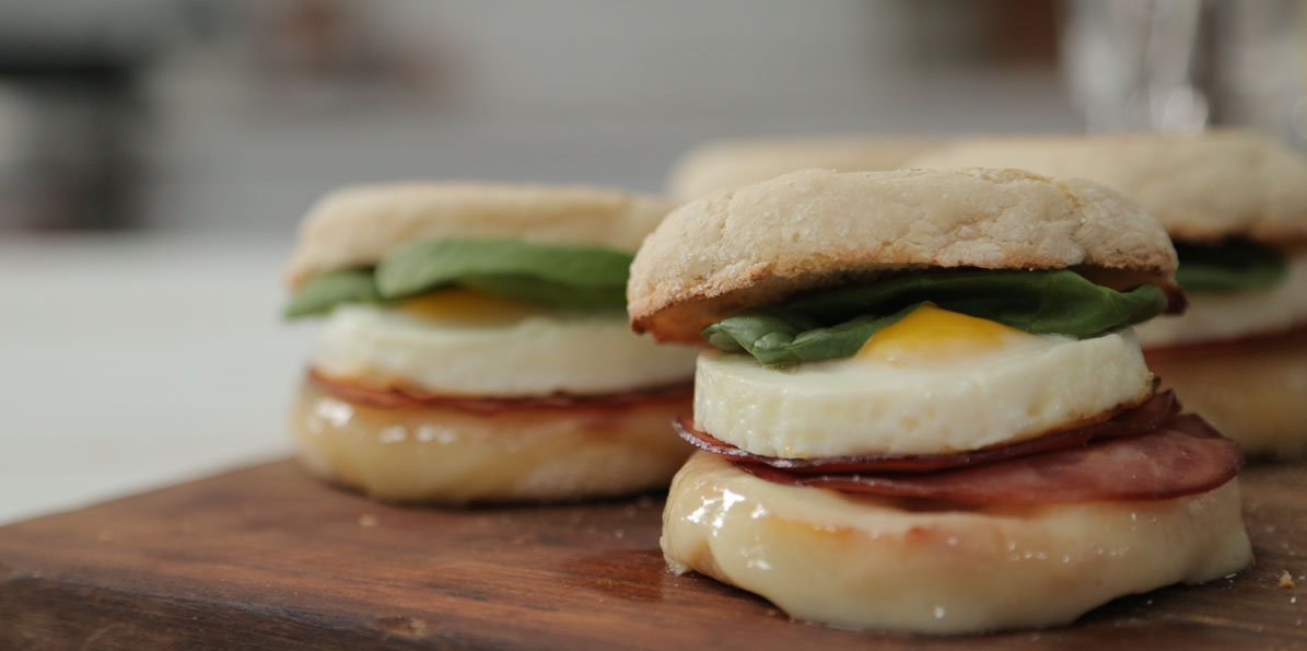Ham And Swiss Spinach Egg Sandwiches