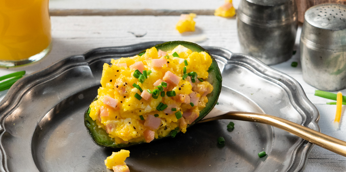 Breakfast Avocado Boats with Shredded 4 State Cheddar® Cheese