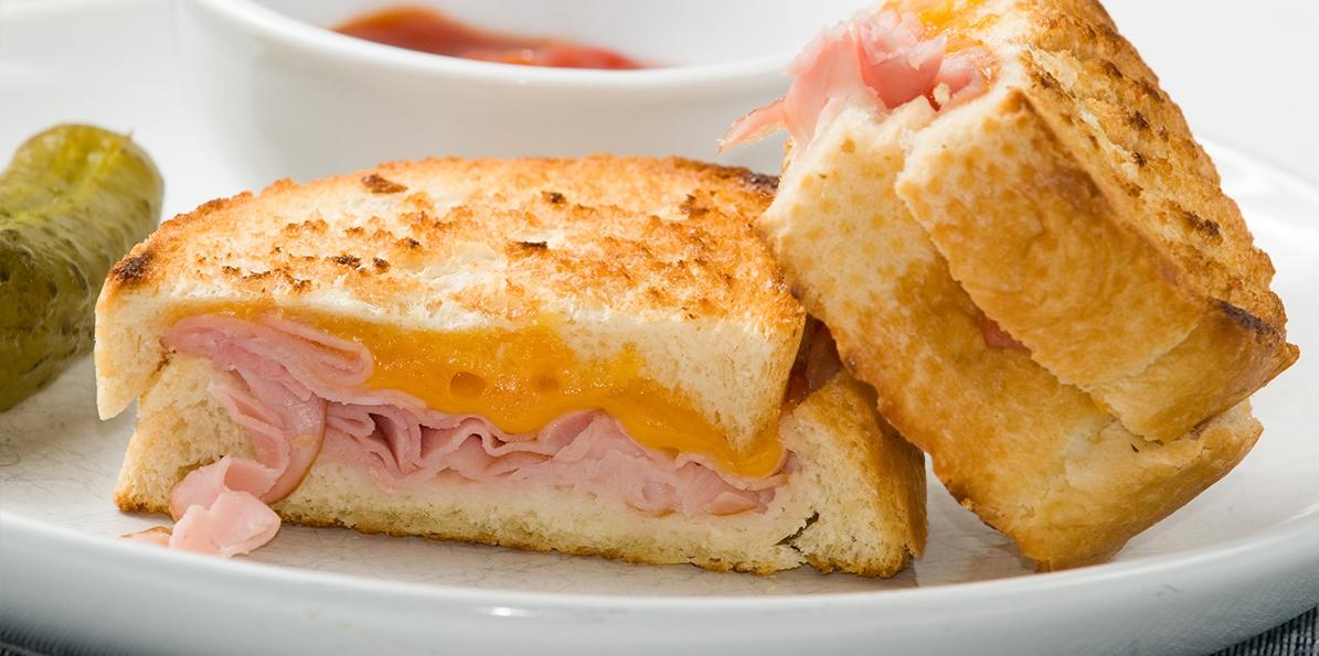 Spicy-Sweet Ham & Cheddar